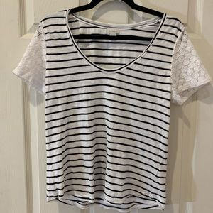 Hinge Eyelet Sleeve T-Shirt Stripes